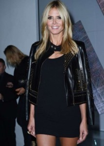 Another awesome investment would be a leather jacket with gold detail: timeless! Heidi Klum in a Versace creation. Photo: got-celeb.com